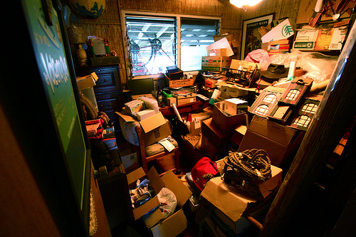 Get The Clutter Out 5 Things To Organize Today Young