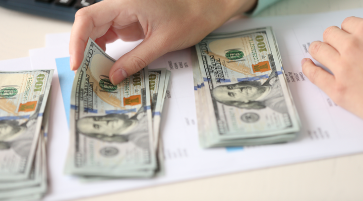 7 Ways to Lower Your Fixed Monthly Expenses